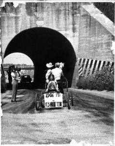 Harold going through the awful tunnel about Mangelsen's